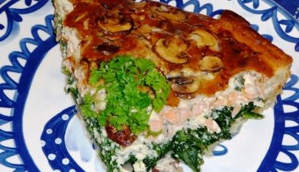 Quiche met spinazie, gerookte zalm en (kastanje)champignons ...