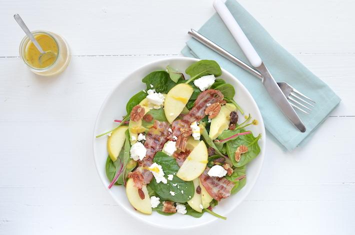 Salade van snijbiet en appel