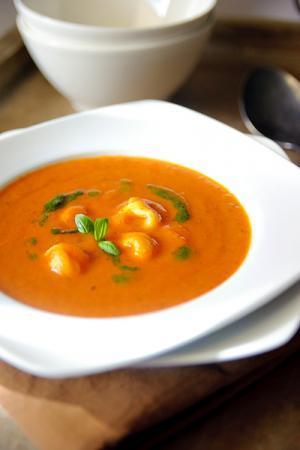 Recept 'tortellini en pomodori soep'