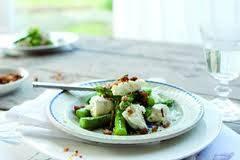Salade met groene asperges, mozzarella en artisjokken recept ...