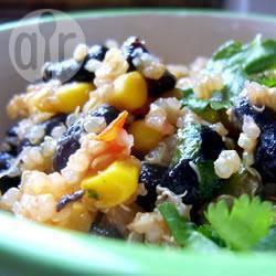 Quinoa met zwarte bonen en komijn recept