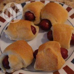 Supermakkelijke mini-worstenbroodjes recept