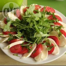 Mozzarellasalade met tomaat recept