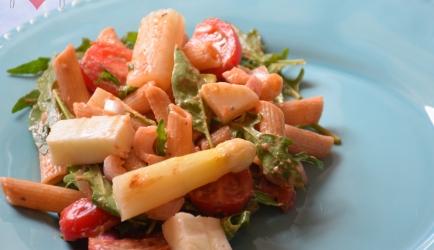 Asperge pastasalade met halloumi recept