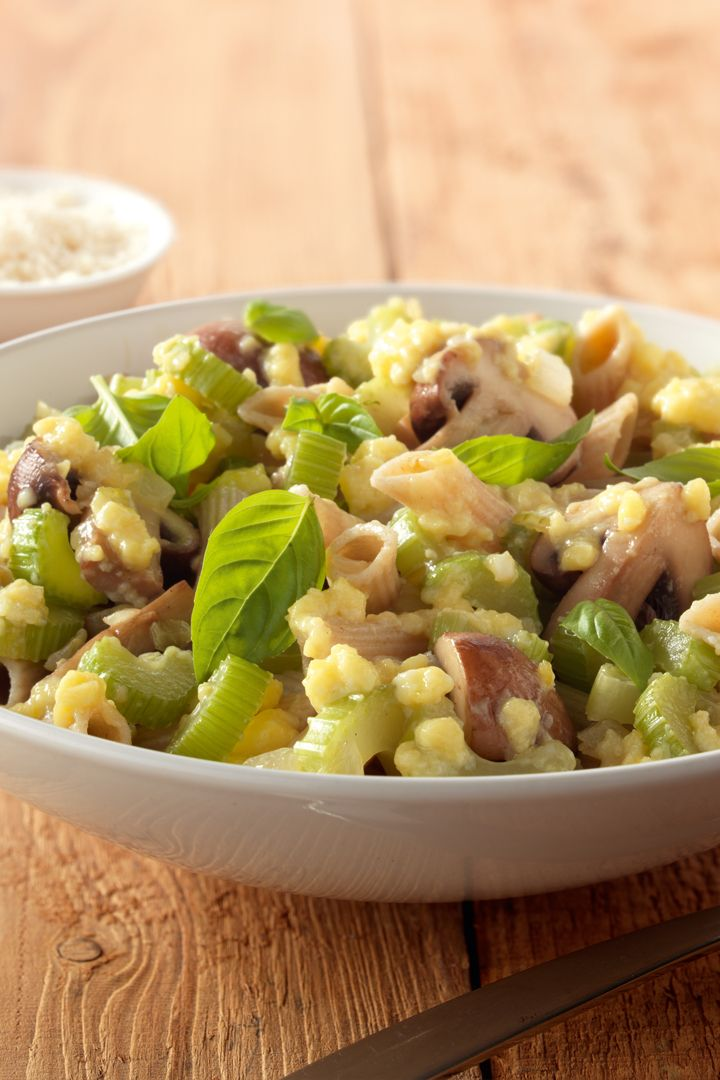 Recept 'romige pasta met selder en champignons'
