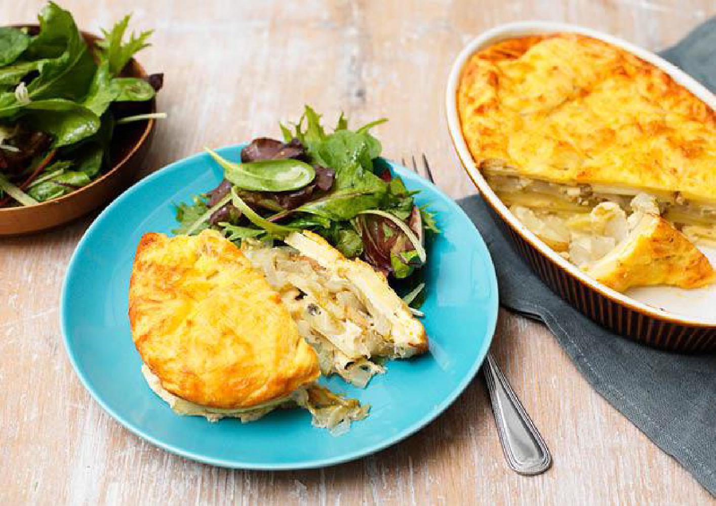 Romige aardappel-witlofschotel met groene salade recept ...