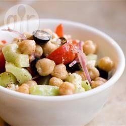 Griekse kikkererwten salade recept