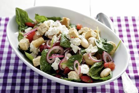 Salade van reuzenbonen met spinazie