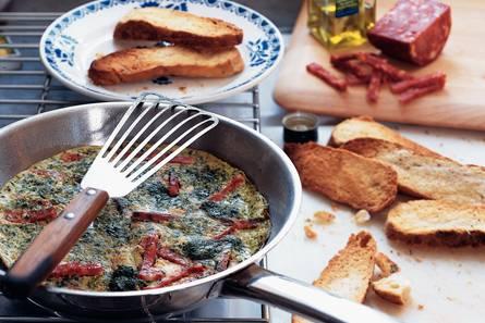Spinazie-omelet met focacciatoast
