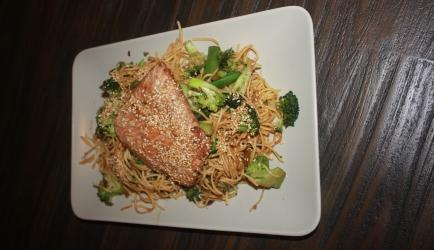 Teriyaki zalm met noedels recept