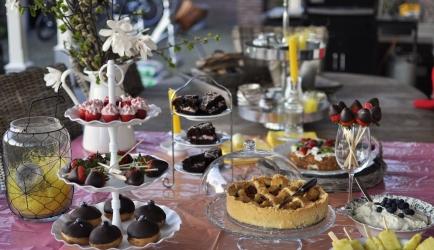 Lekkernijen voor een feestelijke tafel met bijv. pasen of moederdag...