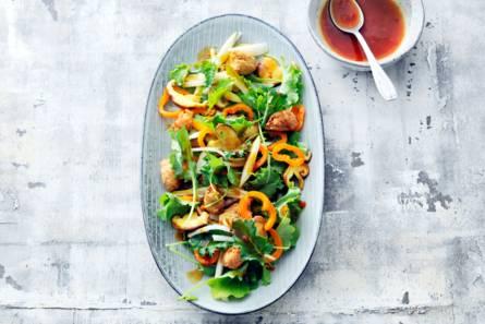 Salade van babyboerenkool, shiitake en peer