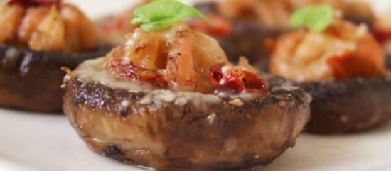 Gevulde champignons van de barbecue recept
